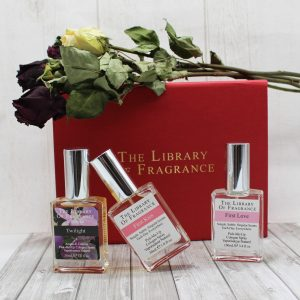 COFFRET IN LOVE WITH HER PARFUM THE LIBRARY OF FRAGRANCE